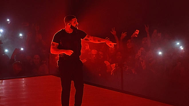 Drake Performing On Tour