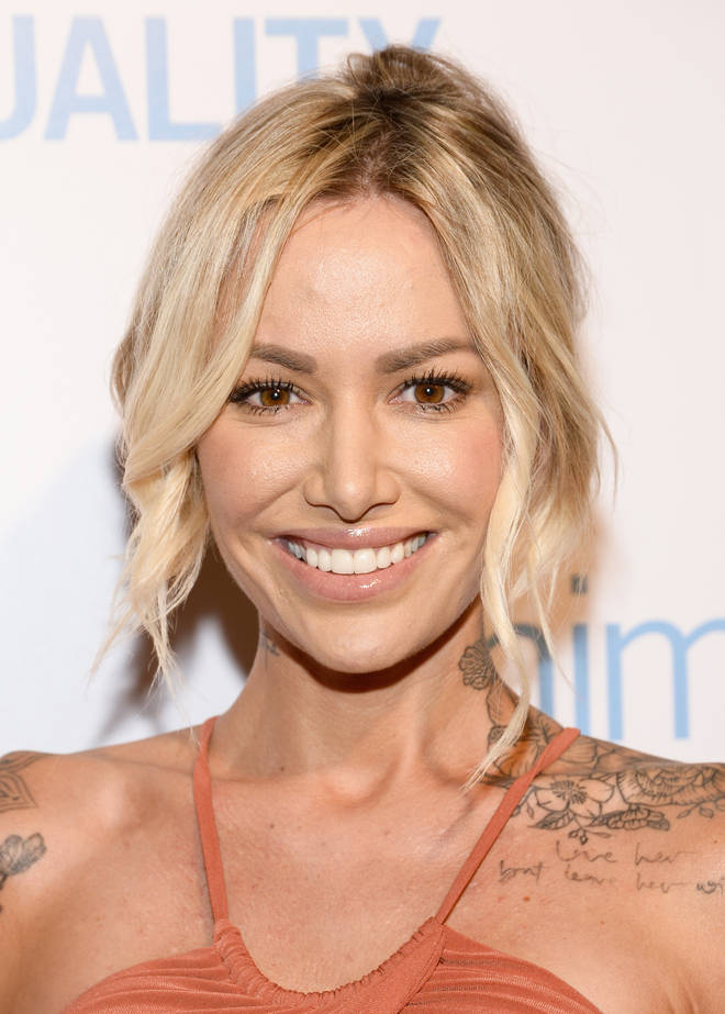 Model Tina Louise previously dated 90210 actor Brian Austin Green.