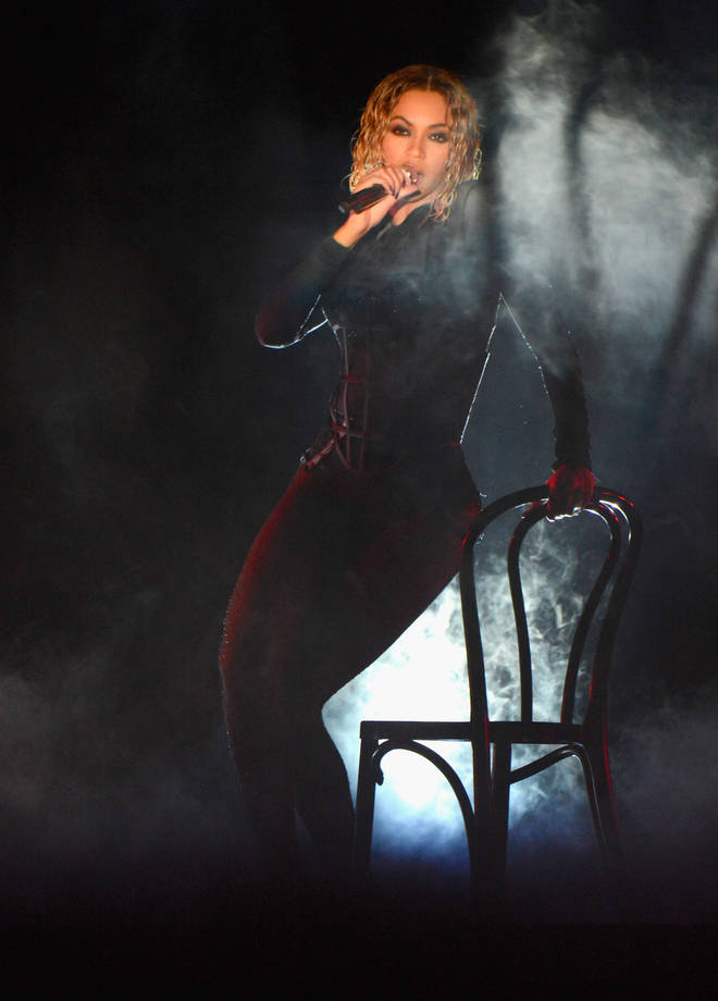 "Beyoncé gave a sultry performance to her hit ""Drunk In Love"" with her husband Jay-Z"