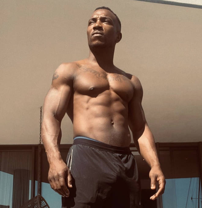 Ashley Walters flexed his workout progress on the 'gram.