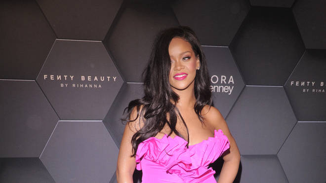 Rihanna turns down Superbowl performance