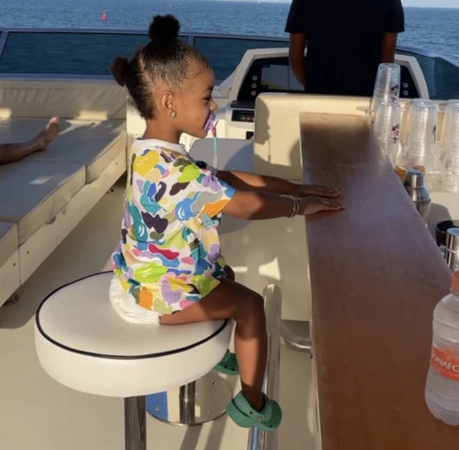 Kulture enjoying the boat trip with her parents celebrate Valentine's Day