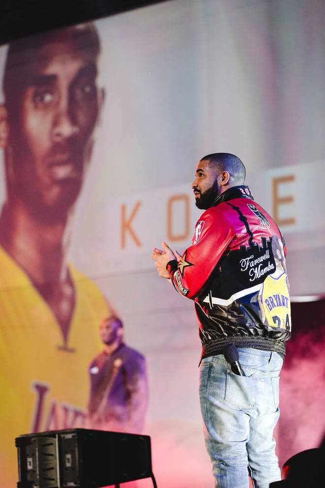 Drake payed tribute to Kobe Bryant at the NBA All-Star Game in 2016