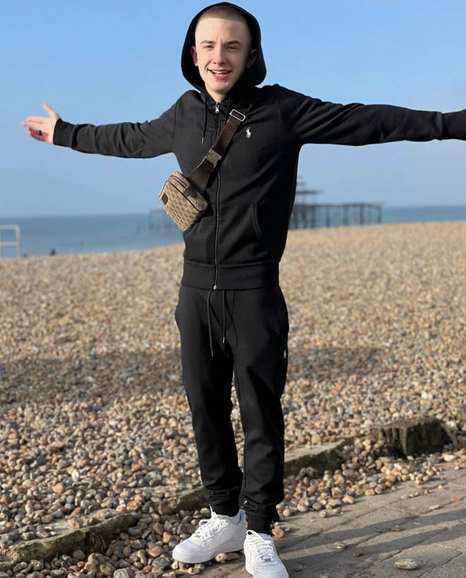 Arrdee is a rapper from Brighton.