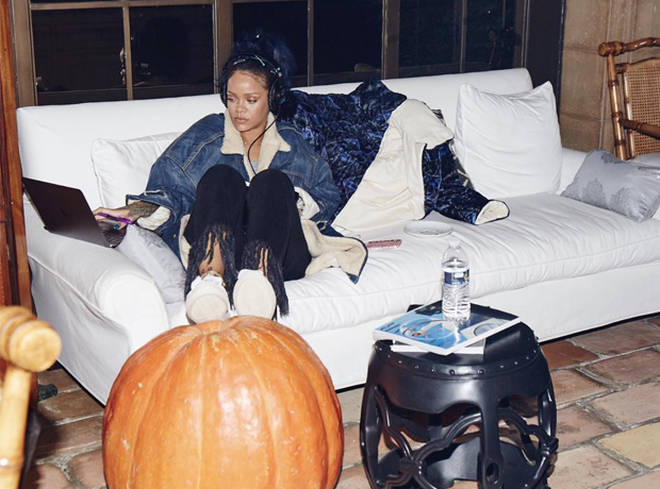 Rihanna Listening To Music On Headphones