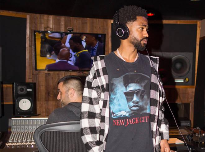Big Sean Listening To Music On Headphones