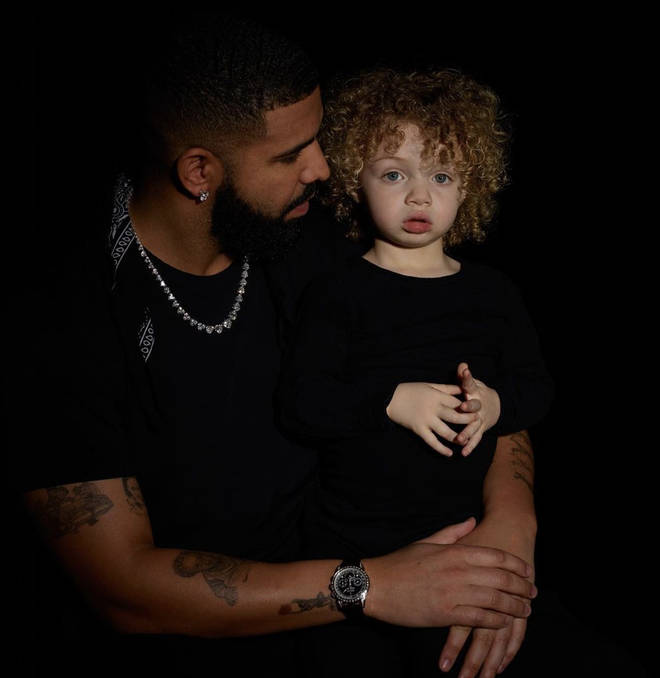 In March 2020, Drake shared a photo of Adonis for the first time.