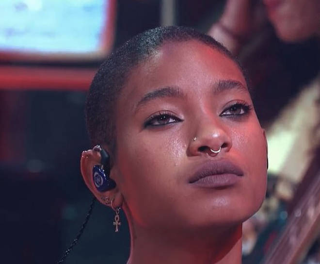 Willow Smith shaves her head on stage