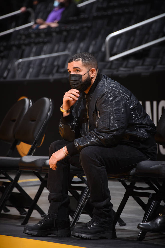 Drake has been sporting his heart hairline since August 2020.