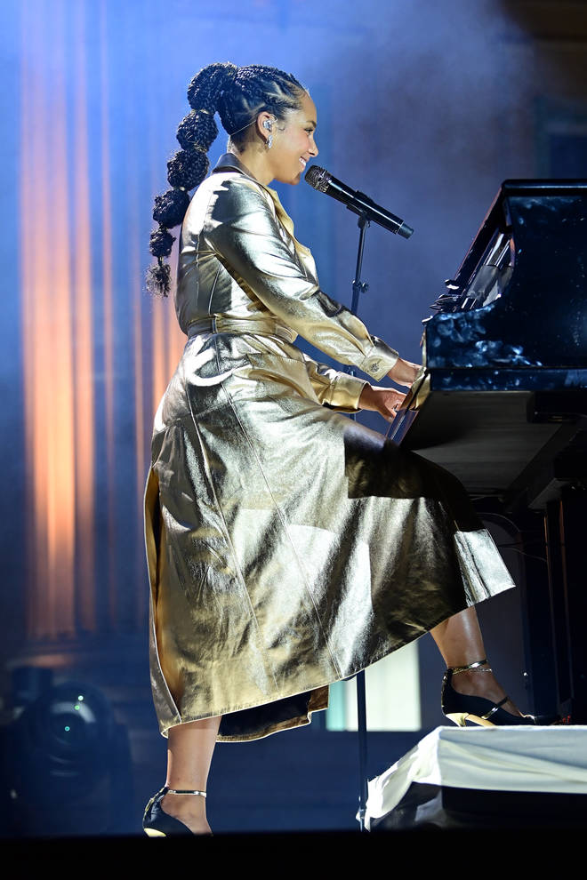 Alicia Keys is known for her vocals and piano skills