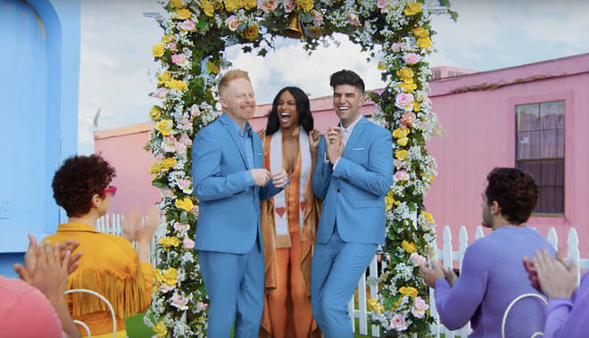 Ciara officiated the wedding of actor Jesse Tyler Ferguson and lawyer Justin Mikita, who married in real life back in 2013.